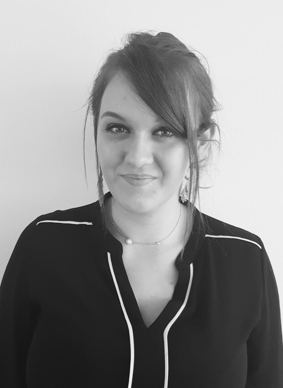 Infinite : Sarah_Pires - Hotel Consultant