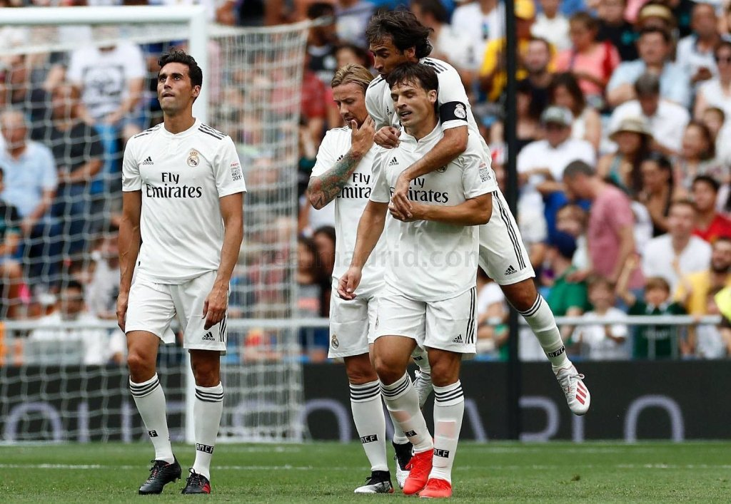 Real Madrid beat Chelsea in legends clash