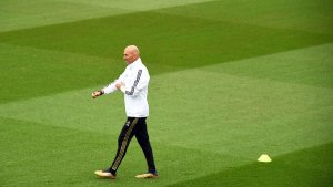 """Zidane: """"Hazard is available and we all really want to see him"""""""