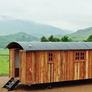 Glamping in wooden shepherds hut on Highland tour to remote Scottish locations