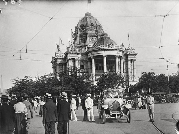 Palácio Monroe, imagem de Alberto de Sampaio feita em 1917 (Foto: Alberto de Sampaio/Centro Cultural Correios Rio / Divulgação)
