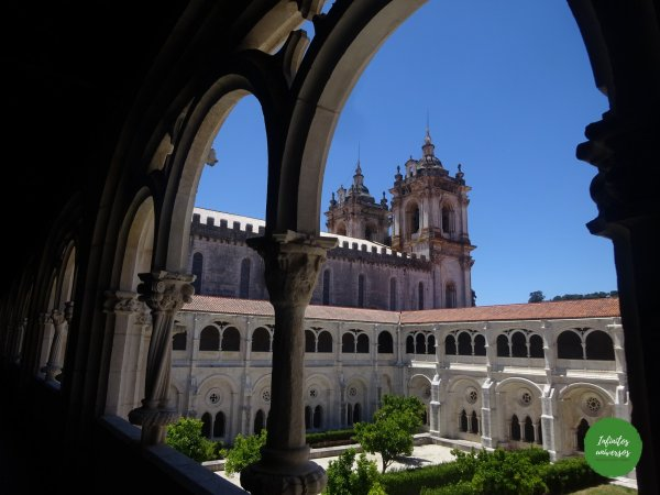 Claustro Tumba real Monasterio deAlcobaça