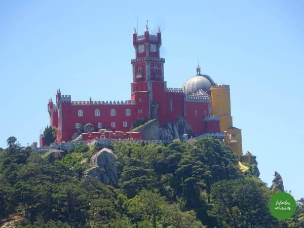 Palacio da Pena desde el Castelo dos Mouros Sintra  - Qué ver en Sintra en un día