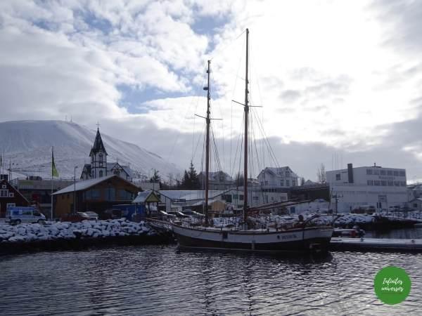 Húsavík, el lugar ideal para ver ballenas en Islandia (o eso dicen)