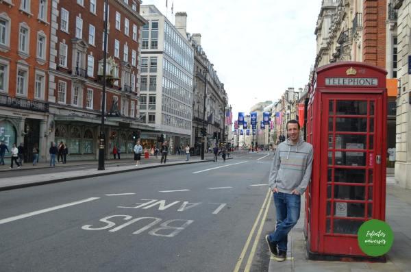 Cabina telefónica en Londres que visitar en Londres en 4 días
