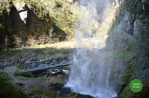 Cascada - Garganta de Kakueta Garganta de Kakueta gargantas de kakueta Francia garganta de kakueta como llegar