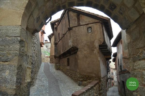 Albarracín teruel  - Qué ver en Albarracín comer en albarracin casa de la julianeta