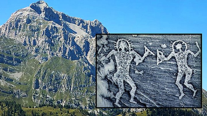 Ancient Astronauts ! Rock paintings in Italy show Extraterrestrial Presence in the Past