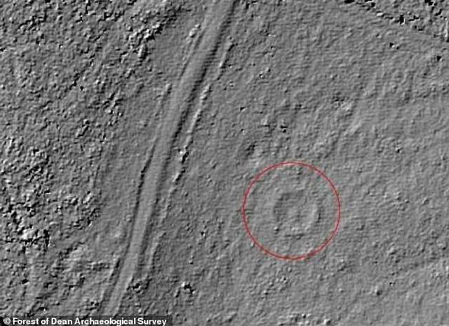 Detection of the circular cairn by LiDAR. The mysterious monument that inspired JRR Tolkien and JK Rowling found in a British forest