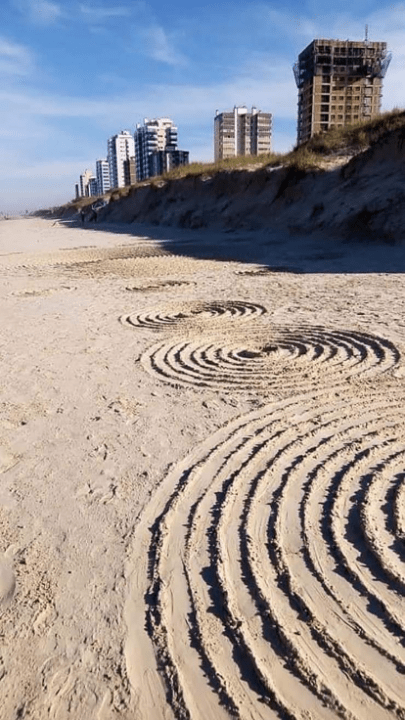Mysterious circles appear in the sand of a Brazilian beach after several UFO sightings