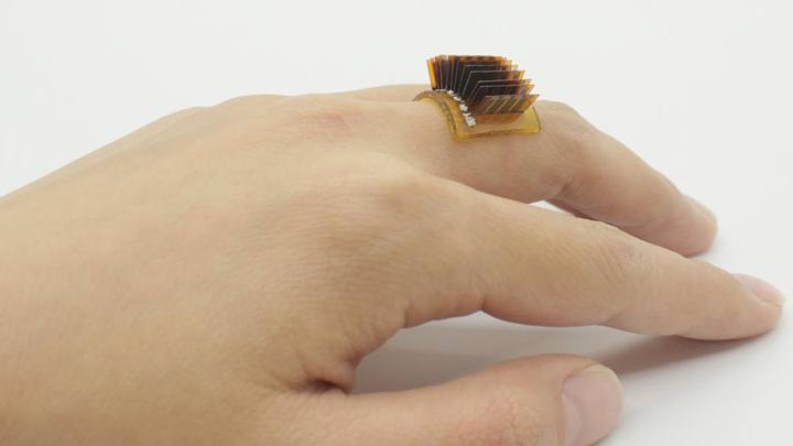 Thermoelectric Energy: A New Wearable Device Turns The Human Body Into A Battery