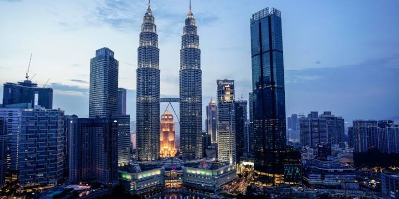 Pakistani officials to get visa on arrival for Malaysia