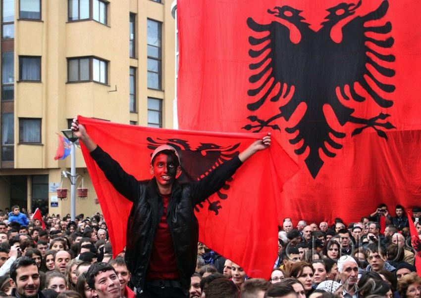 Народ в Косово обеспокоен действиями террористов в Македонии