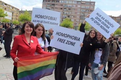 В Косово провели гей-парад