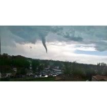 Торнадо в Ягодине-1