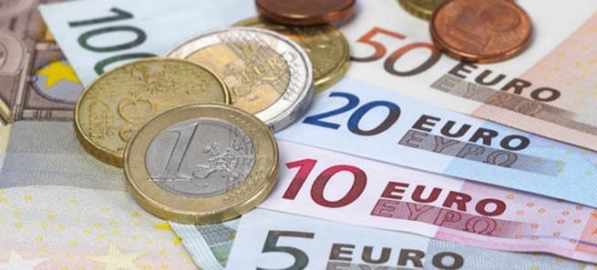 Семейное пособие сократится у некоторых семей Греции
