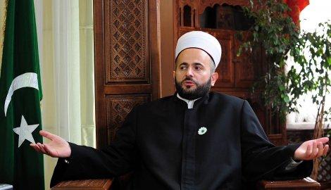 Сербский депутат-мусульманин Муаммар Закорлич: Семьи балканских джихадистов в Сирии должны освободить