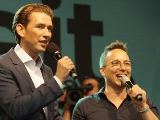 Ankündigungsminister Sebastian Kurz mit ÖVP-Sprecher Peter L. Eppinger