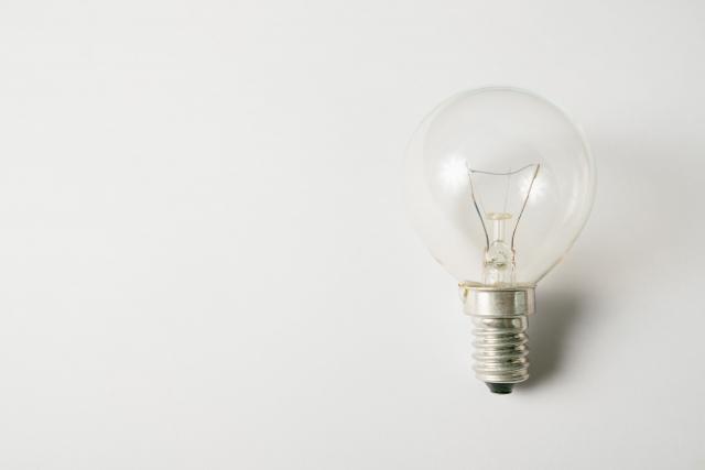 電流と電圧の関係性!電気がつくのはなぜ?