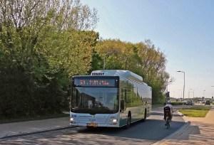 Bus des Unternehmens Connexxion in Zoutelande