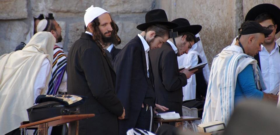 Ve Francii přibývá útoků na Židy