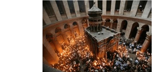 Svatý oheň vJeruzalémě: Starobylý obřad posiluje víru ipochybnosti