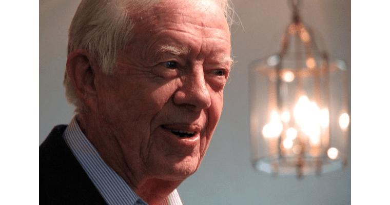 """""""'Víra' je isloveso"""": Bývalý americký prezident Jimmy Carter napsal knihu osvé víře"""
