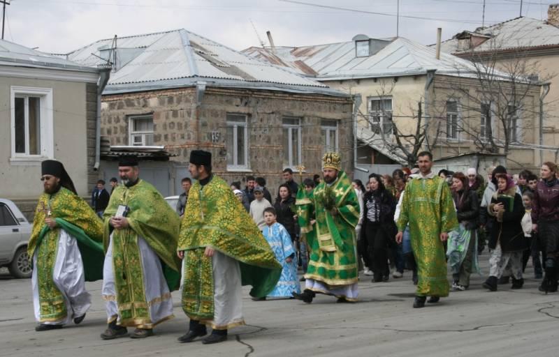 Pravoslavní vJižní Osetii mezi Tbilisi aMoskvou, řecký biskup přišel opas