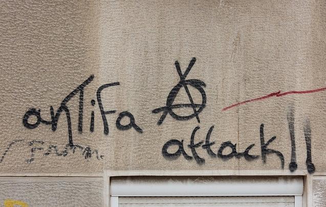 Náboženské objekty vŘecku terčem útoků, extremisté napadli iteologickou fakultu