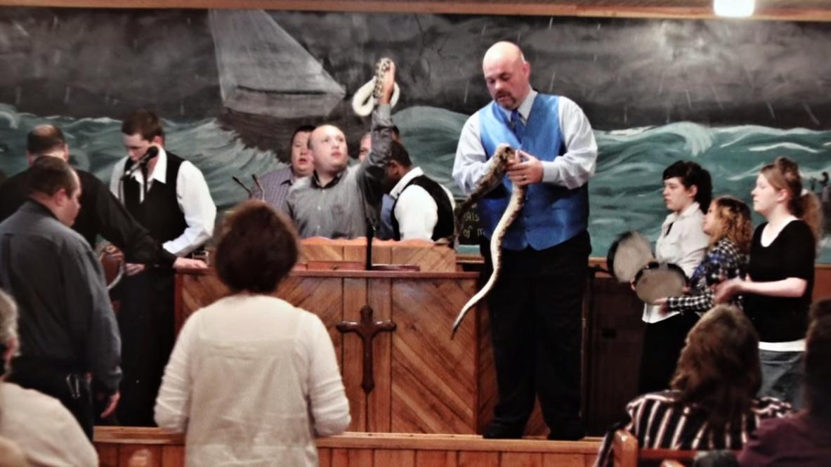 Hadi, štíři, oheň aotrávené nápoje vcírkvi