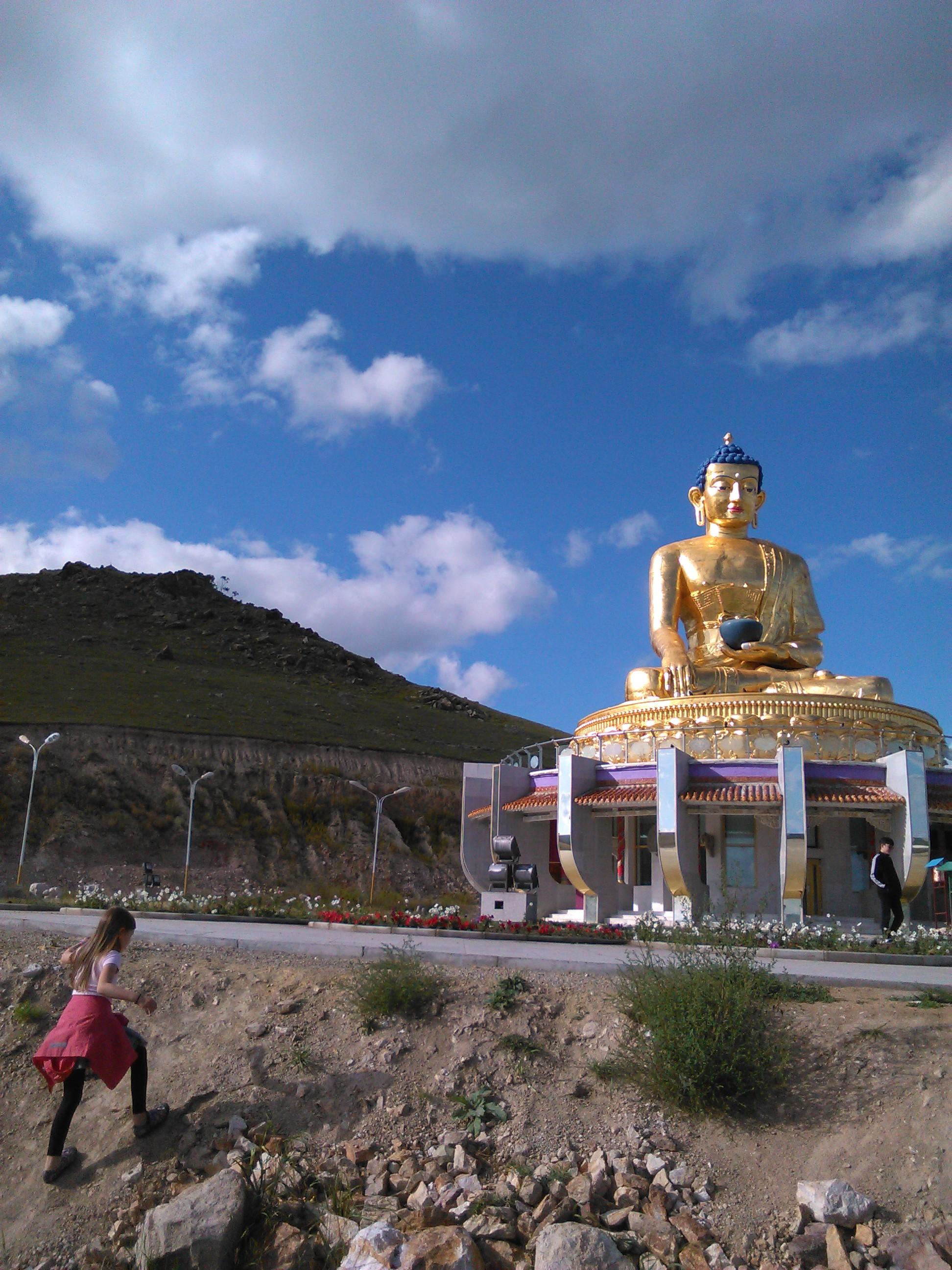 Prázdninová fotografie: Socha Buddhy vMongolsku
