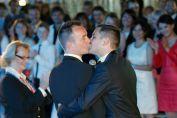 Paris: 1.331 mariages homosexuels en 2014