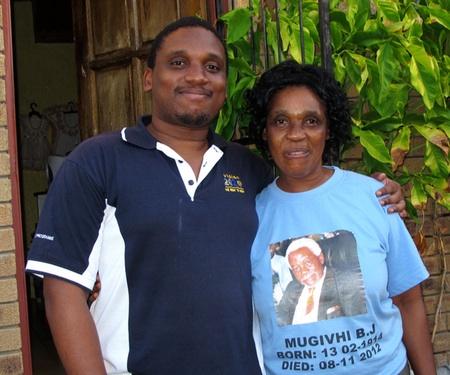Pastorin Caroline Pereira und ihr Sohn