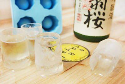《冰塊燒酒杯》讓你越喝越涼快(暈)