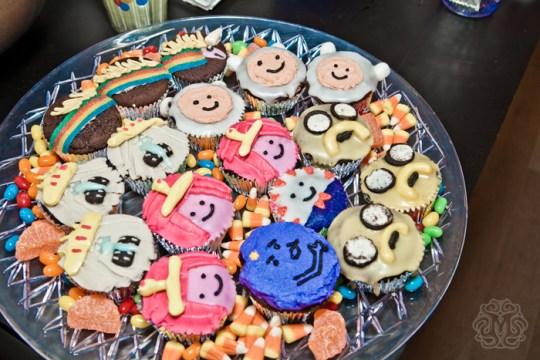 AT-cupcakes