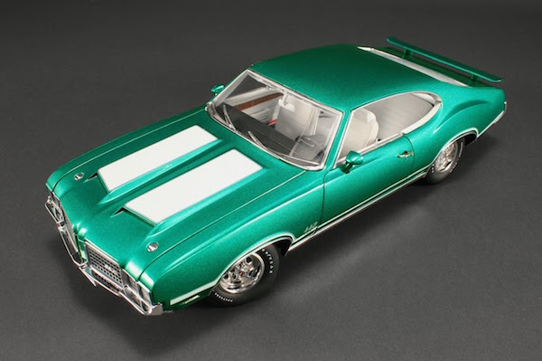 1972_Oldsmobile_442_W30_Model_Cars_56e136d6-39c0-49f0-b704-99bf31539764