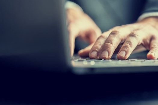 eLearning-manufacturing-typing-keyboard.jpg