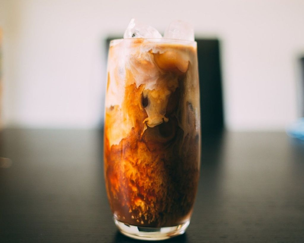 What are the benefits of drinking cold coffee
