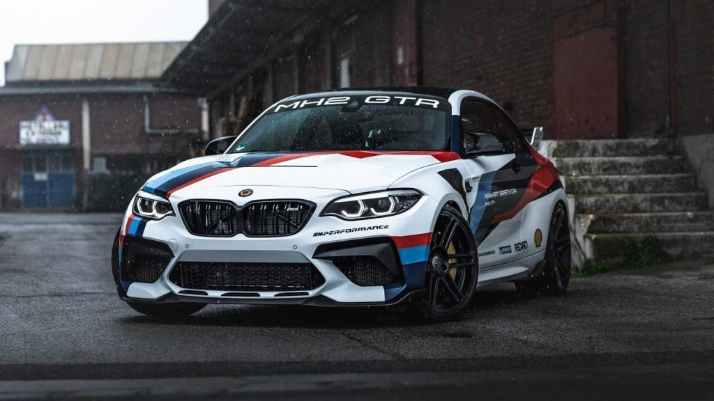 If you have a BMW M2 CS, you will not find a better place to invest 18,900 euros than in Manhart