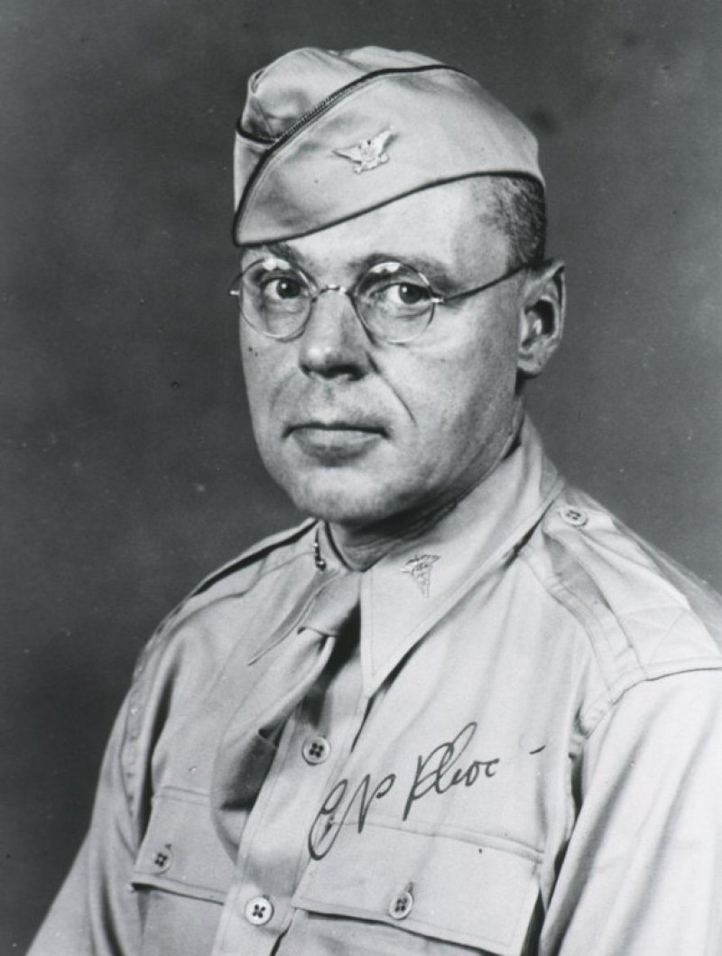 Cornelius_P._Rhoads_Army_portrait