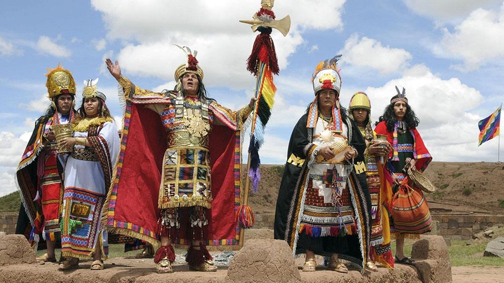 Los 51 pueblos originarios de la Amazonía de Perú enfrentan amenazas económicas y ambientales.
