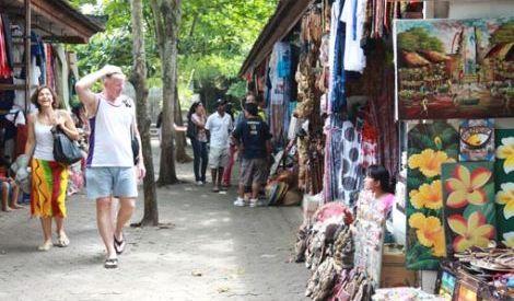 Agustus 2015 Kunjungan Wisman ke RI Naik 2,87%