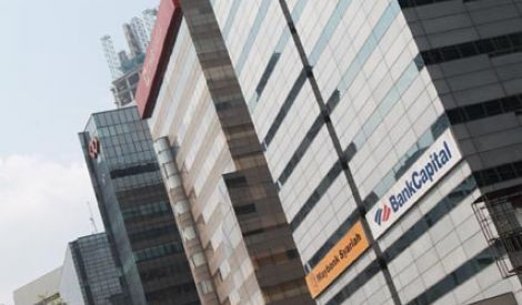 Kondisi Global Masih Jadi Tantangan Industri Keuangan RI