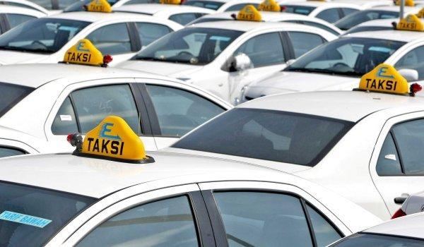 Express Group dan Uber Jajaki Kolaborasi Ridesharing