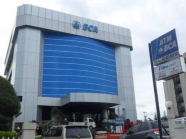 126 Kantor Kas BCA Juga Terimbas Gangguan Satelit