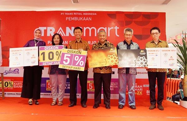 Fokus ke Ritel, Bank Mega Syariah Gandeng CT Corp