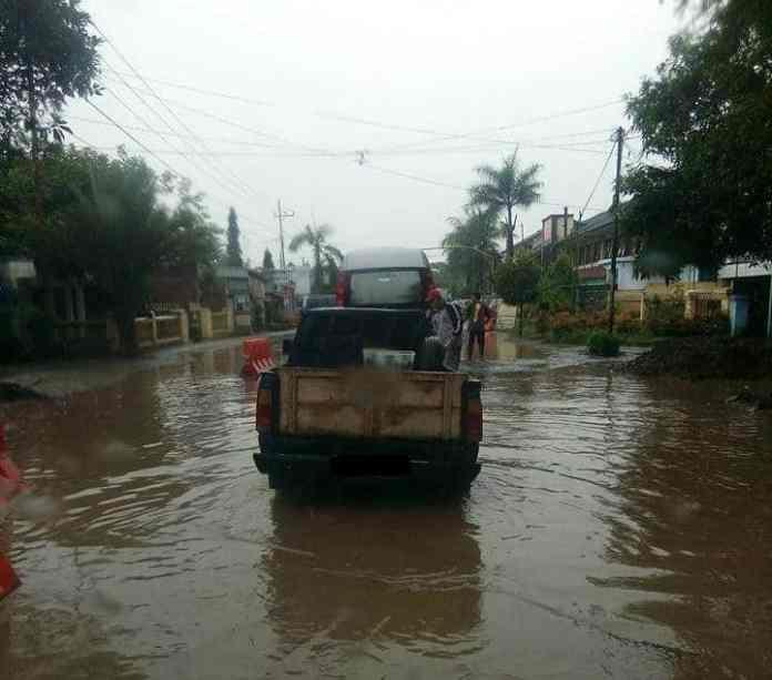 Banjir Lodoyo