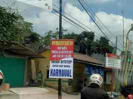 Penutupan Jalan untuk Karnaval di Srengat
