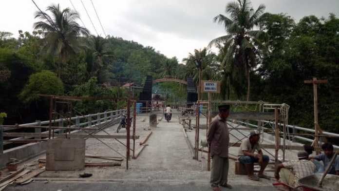 Jembatan Kali Klatak