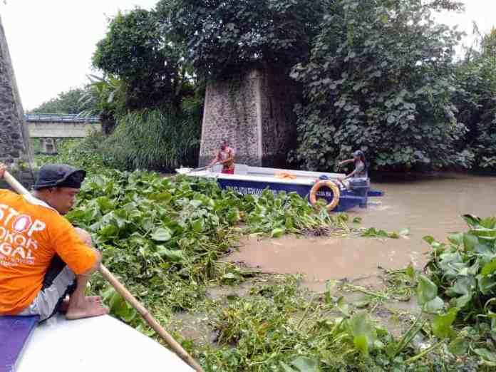 Bersih Sungai Bogel Sutojayan